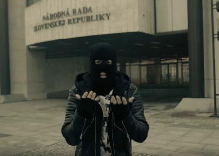 STRAPO – 90s feat. DJ SPINHANDZ